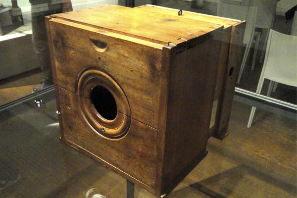 Кто создал первый фотоаппарат?